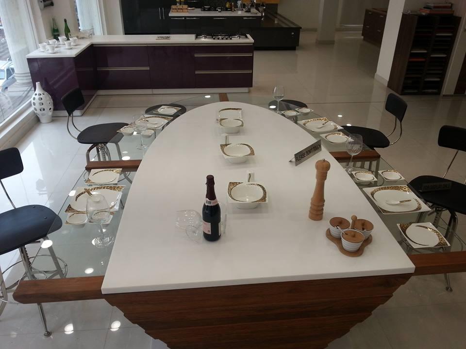 Boat Dining Table Interior Guntier
